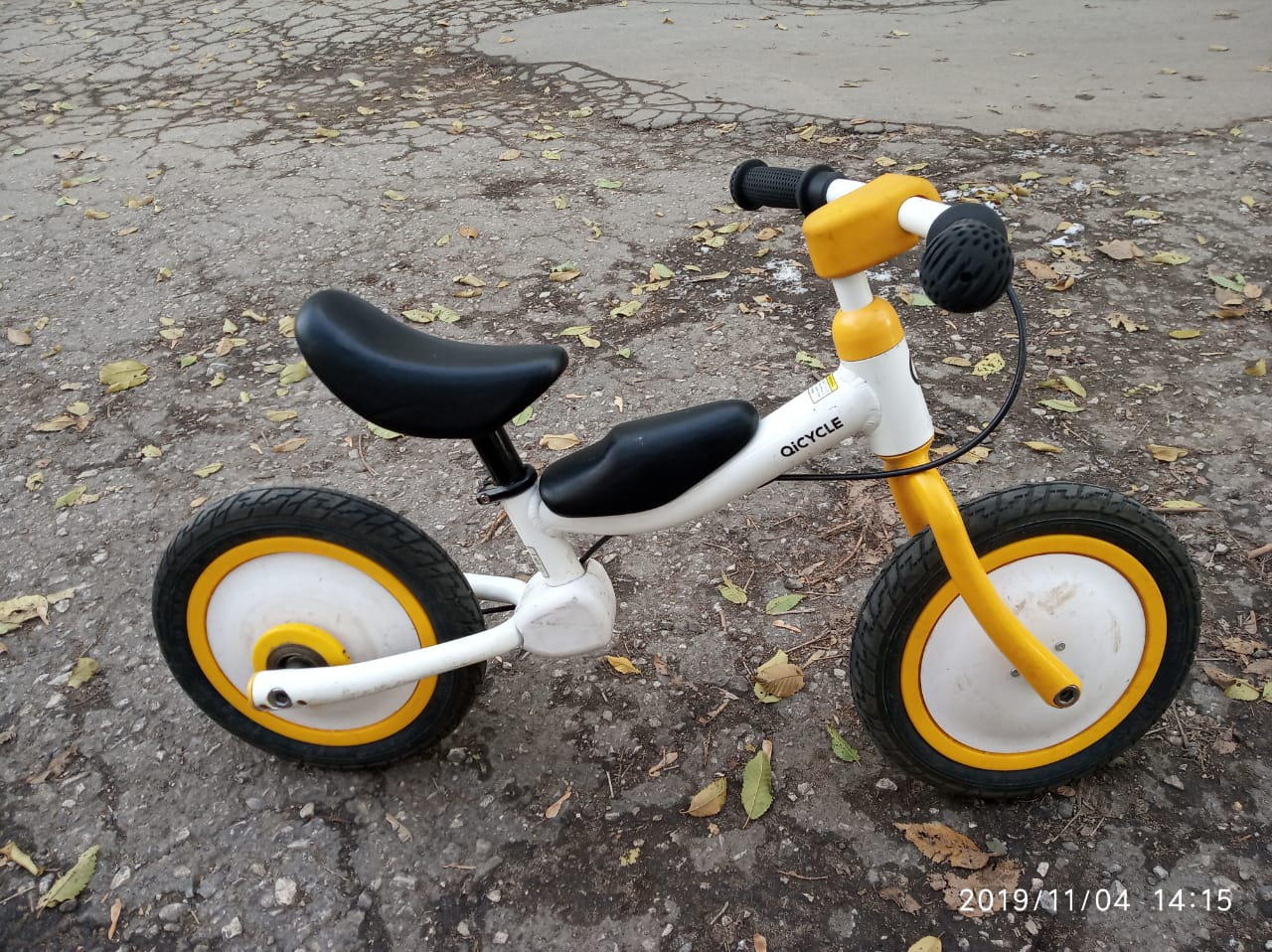 Аренда: Детский велосипед-беговел 12