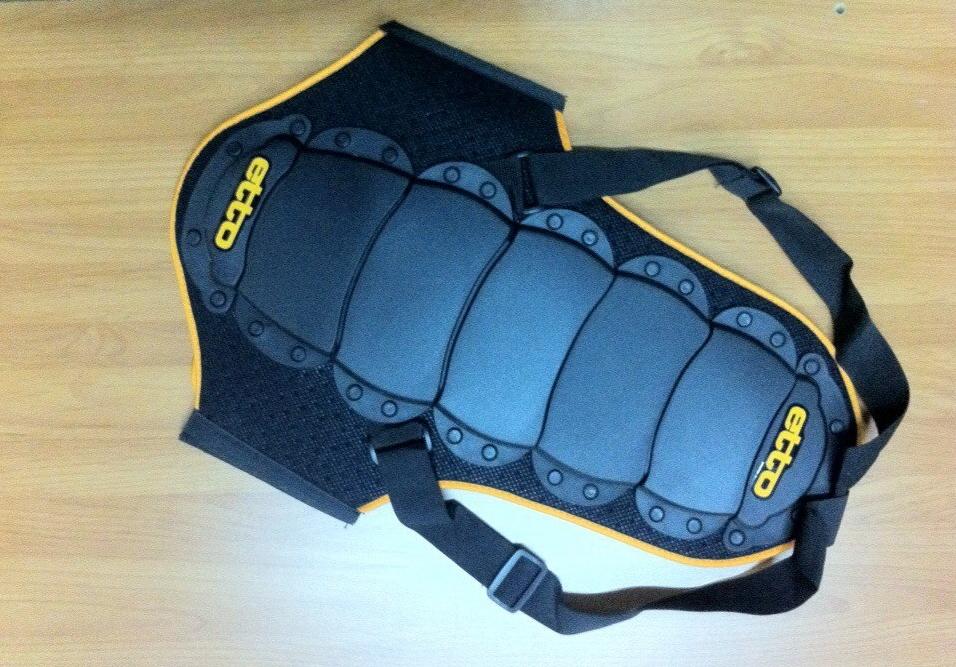 Аренда: Сноубордическая защита для спины